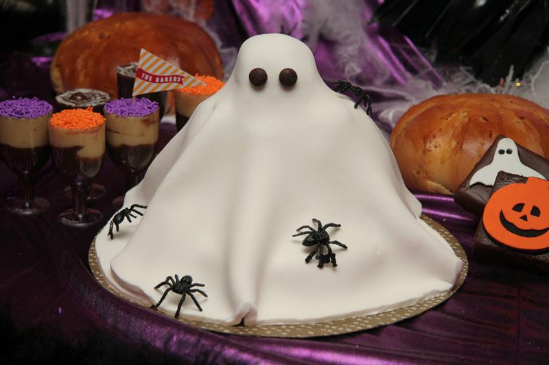 The-Bakers_Halloween_Torta-Booo-Fantasma